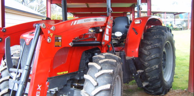 Used Massey Ferguson MF455 ROPS Tractor with 946X Loader